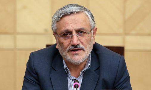 خاتمی بر خلاف احمدینژاد به فکر آرامش کشور است/از روز تحلیف دنبال سوال از رئیسجمهور بودند