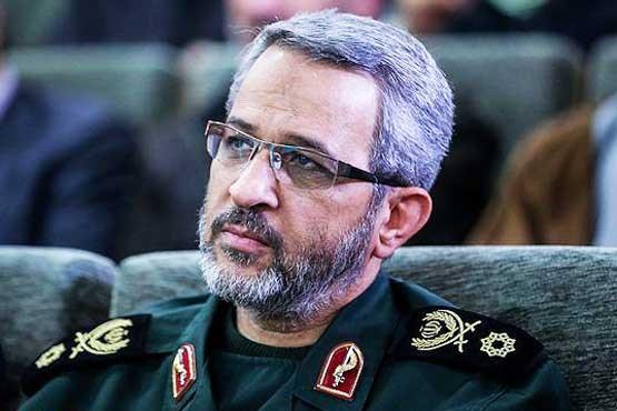 آمریکا نمیداند حربه فشار اقتصادی در انقلاب اسلامی تاثیری ندارد