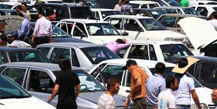 درخواست آزادسازی قیمت خودرو از وزیر صنعت