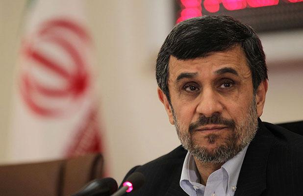 دفاع احمدی نژاد از خاوری و بابک زنجانی/ مگر اینها چه کرده بودند؟