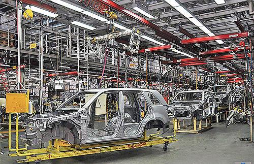 هشدار اتاق فکر مجلس به مردم و دولت؛ احتمال تکرار تجربه موسسات مالی در خودروسازی