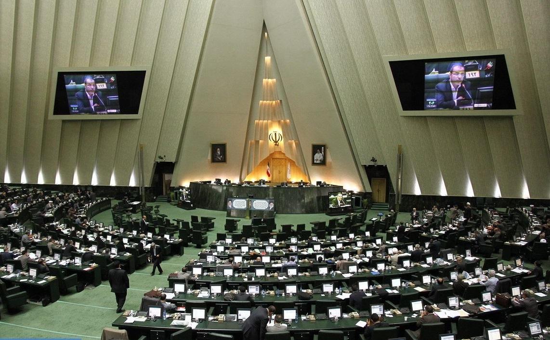 تصمیم مجلس برای تغییر ۷۰ درصدی نظام بانکی کشور
