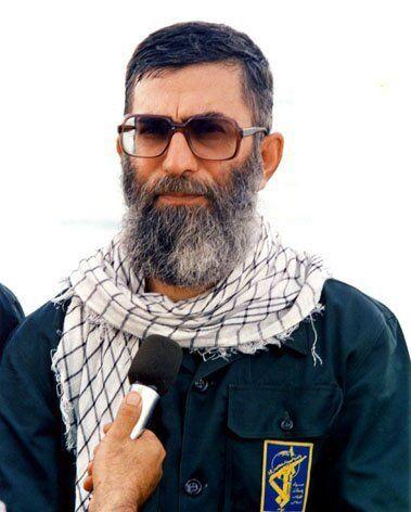 تصاویری از رهبر انقلاب در لباس پاسداری