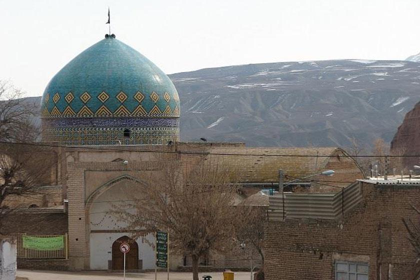 مسجد تاریخی کبودگنبد کلات از سیلاب تخلیه میشود