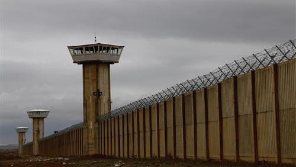 برکناری ۳ مقام زندان های تهران بخاطر پرونده مرگ شیرمحمد علی در فشافویه