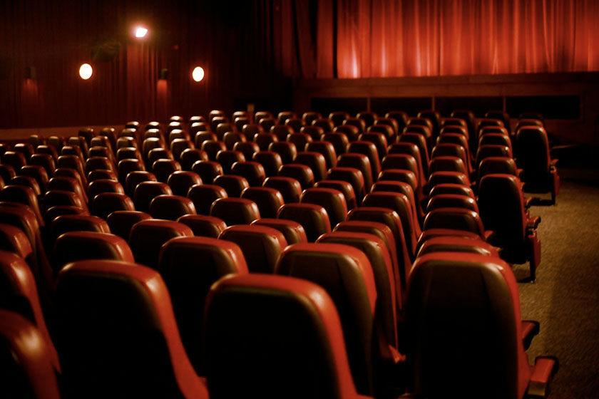حاشیهنگاری بر تعطیلی دوباره سینماها و تئاترها در تهران