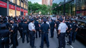 """""""معترضان نژادپرستی"""" منطقهای از نیویورک را خودمختار کردند (+عکس)"""