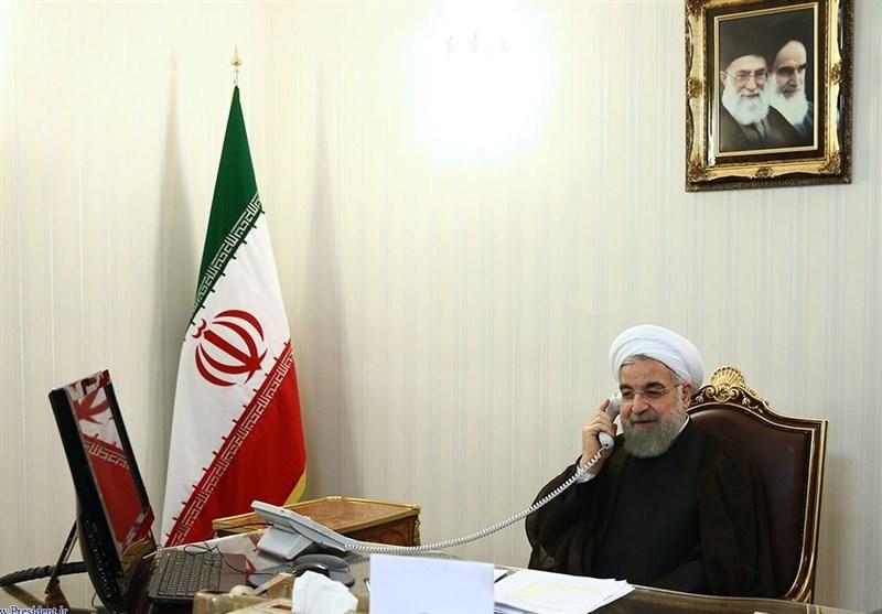 گفتگوی رؤسای جمهور ایران و عراق| تأکید روحانی بر لزوم تلاش برای توسعه مناسبات و همکاریهای دو کشور