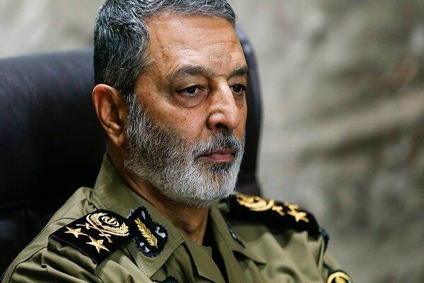 یگانهای پدافند هوایی در شمالغرب کشور تقویت شده است/ برخورد شدیدی با عناصر تکفیری در نزدیکی مرزهای ایران خواهیم کرد