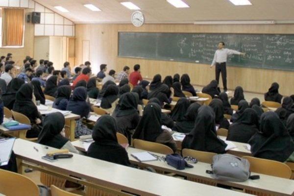 دانشجویان نسبت به حجاب باور قلبی ندارند/ توان تغییر نداریم!