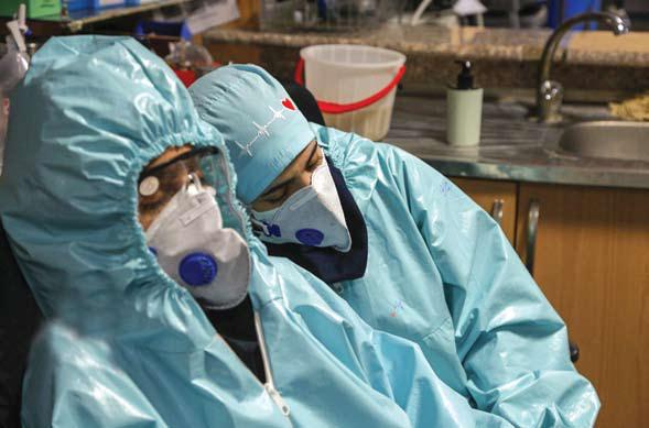 پرستاران بسیاری هنوز واکسینه نشدهاند/ تمام کسانی که کوتاهی کردهاند باید پاسخگو باشند/ شهیدسازی از کادر درمان مورد تایید نیست
