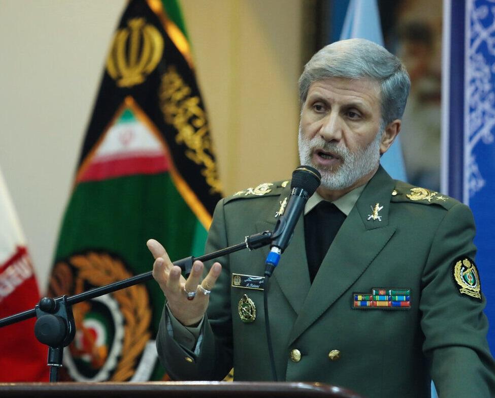 وزیر دفاع : مشارکت حداکثری در انتخابات تضمین کننده امنیت و آینده مردم است