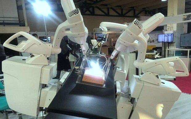 اولین جراحی رباتیک از راه دور با دستگاه ایرانی انجام شد