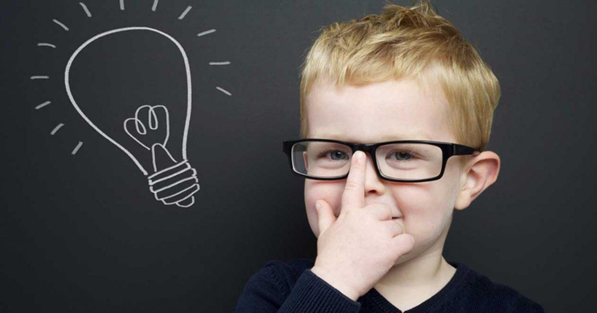 ۱۰ علامتی که نشان میدهد فرزندتان فوق العاده باهوش است