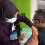 آغاز واکسیناسیون ۶۸ سالهها از دوشنبه / روند صعودی کرونای دلتا در ۲۵ استان کشور