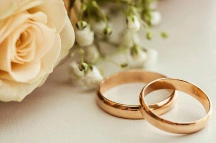 کرونا باعث افزایش نرخ ازدواج در کشور شده است / تسهیلات ازدواج و فرزند سوم هر کدام در جای خودش باید دیده شود