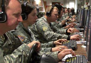 آمریکا آغازگر جنگ سایبری است اما کشورهای بلوک شرق را متهم میداند