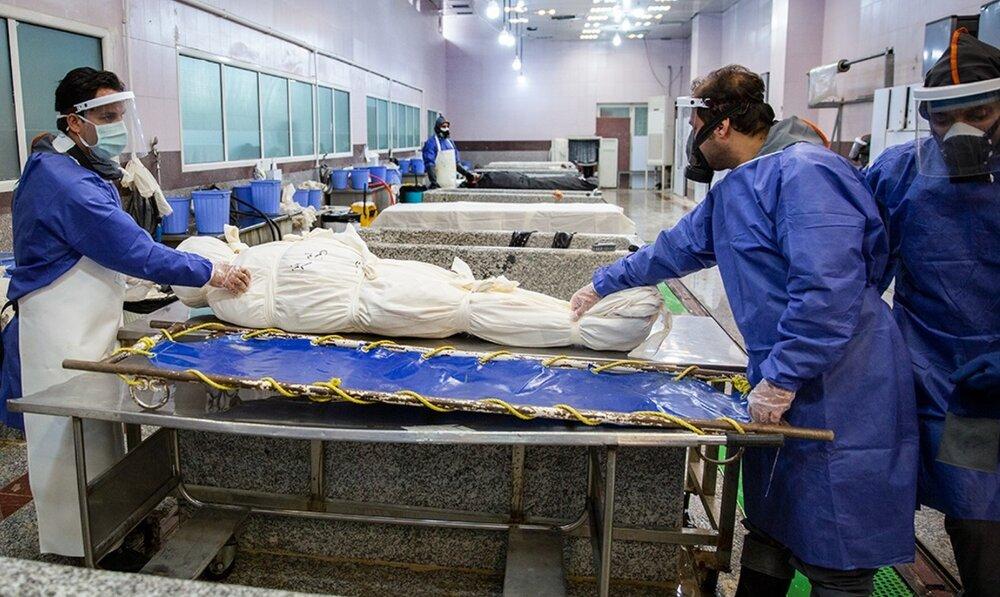 نصف آمار روزانه کرونا مربوط به تهران است/ فشار زیادی بر پرسنل بهشت زهرا وارد است/استفاده از پایگاه مدیریت بحران برای تزریق رمدسیور به بیماران سرپایی