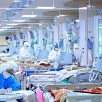 از نبود تخت و تهیه دارو با ۳ برابر قیمت از بازار سیاه تا شبی ۱۰ میلیون هزینه بستری/ ۵ عضو خانوادهام بستری هستند/ فعلا ۲۵۰ میلیون هزینه درمان مادرم شده است/ آمادهسازی فوتیها جلوی چشم بیماران
