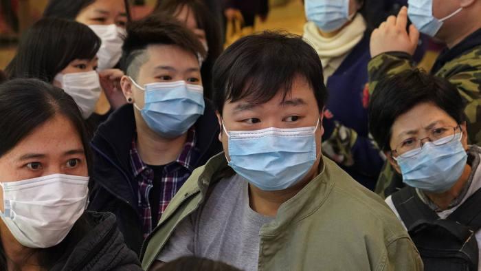 """چگونه """"ترس"""" بر انتقال ویروس کرونا تاثیر میگذارد؟"""