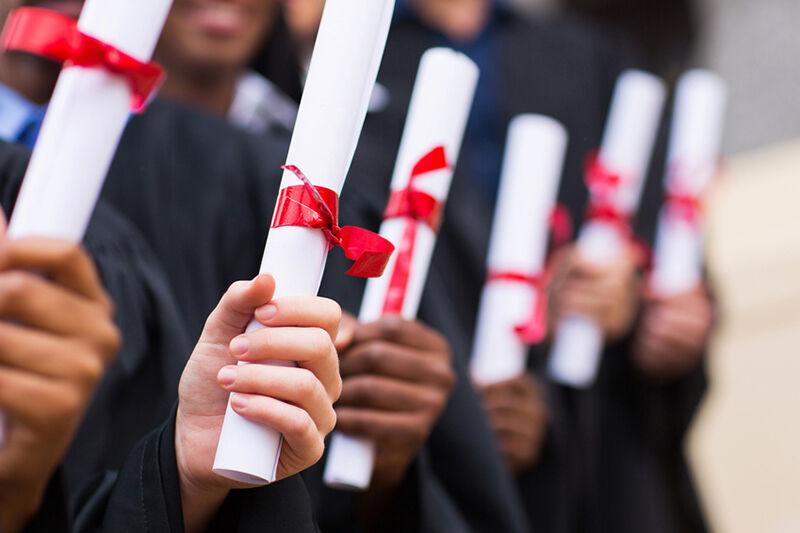 مدرک گرایی؛ زخم کهنه آموزش عالی/ معضلی که باعث ضربه به اشتغال فارغ التحصیلان شده است